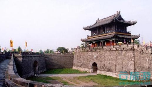荆州古城旅游景点推荐。