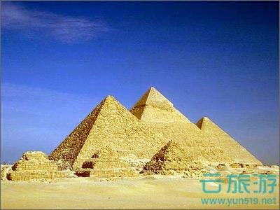 孟菲斯位于尼罗河三角洲南端,埃及首都开罗和尼罗河两岸不远处,在公元前3000年由法老美尼斯所建。孟非斯在上、下埃及首次统一后,就成为了古埃及的首都。