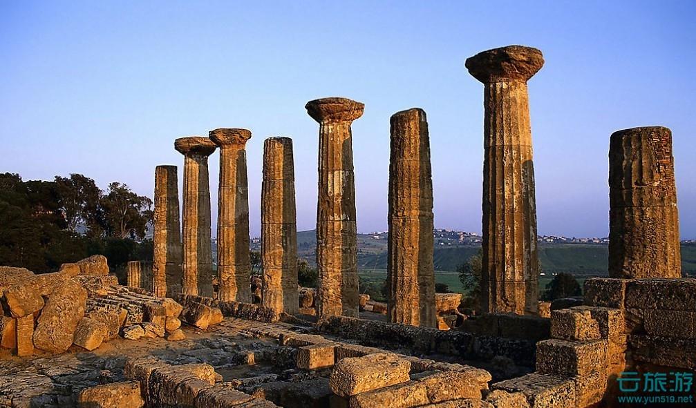 希腊德尔菲太阳神庙