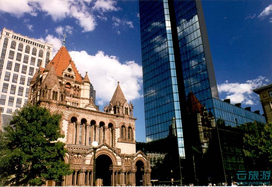 波士顿,美国著名城市。它是美国顶尖的金融城市之一,每天都上演着风起云涌的经济传奇;包括哈佛大学、麻省理工学院在内的一百多所大学在这里扎根。