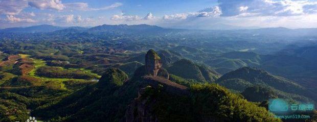 霍山风景区位于龙川县内中部